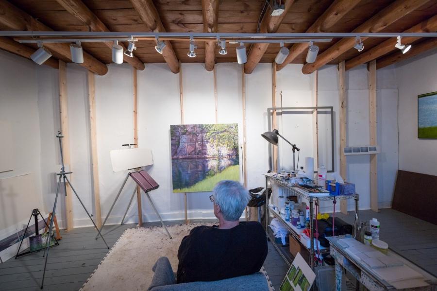 Woody Gwyn studio 3